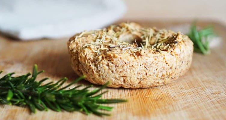 keto breakfast bagel