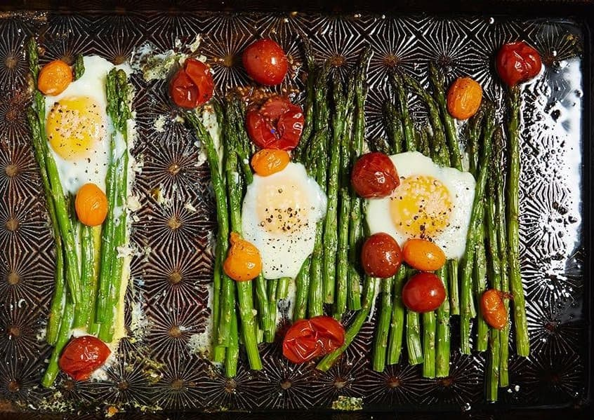 One pan eggs asparagus recipe