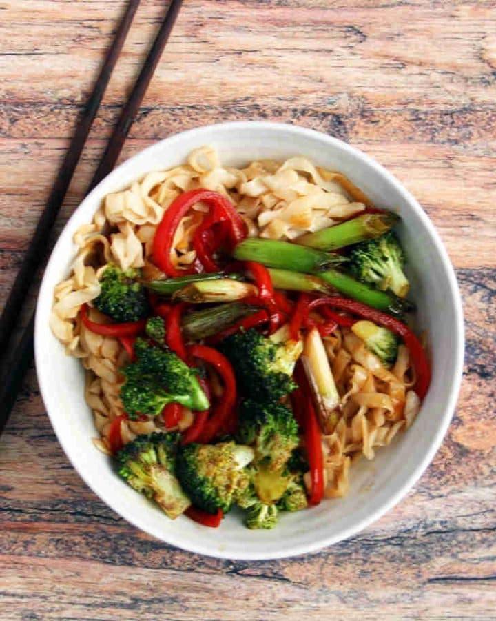 Keto vegetarian chow mein